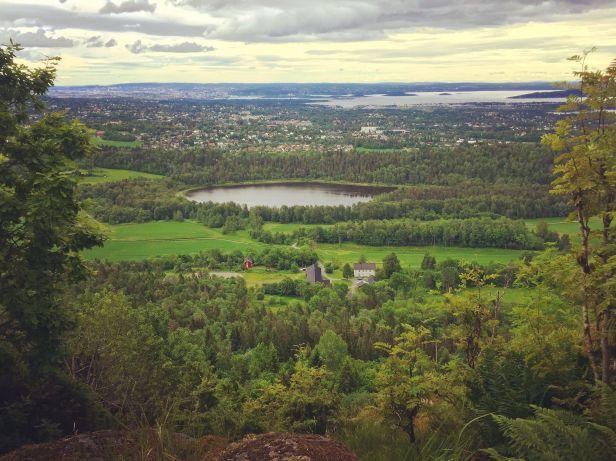 Utsikt over Dælivann fra Gråmagan - Oslomarka - Bærumsmarka - Fantastiske marka