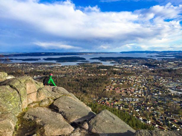 Utsikten fra Søndre Kolsåstoppen utover Oslofjorden - Oslomarka - Bærumsmarka - Fantastiske marka