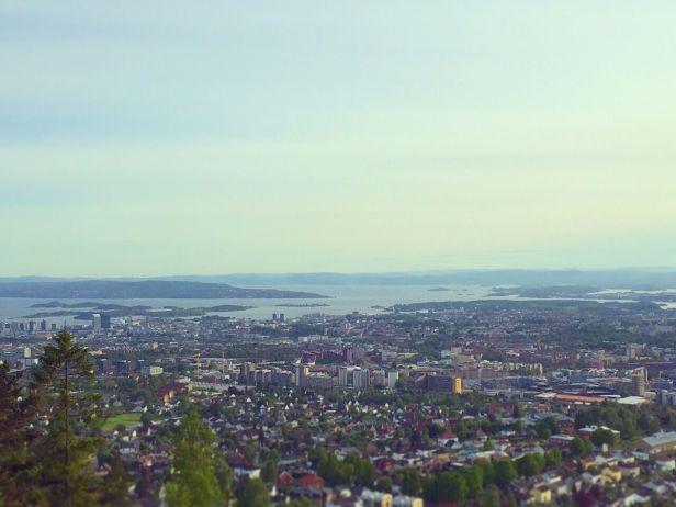 Utsikten fra utsiktspunktet ved Grefsenkollveien - Grefsenkollen - Oslomarka - Lillomarka