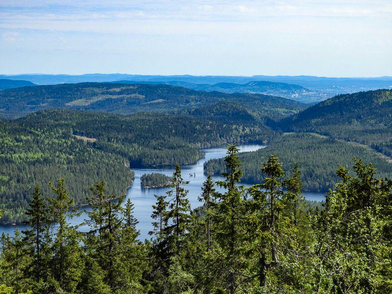Utsikten fra Kikut med grefsenkollen i bakgrunnen - Oslomarka - Nordmarka - Fantastiske marka