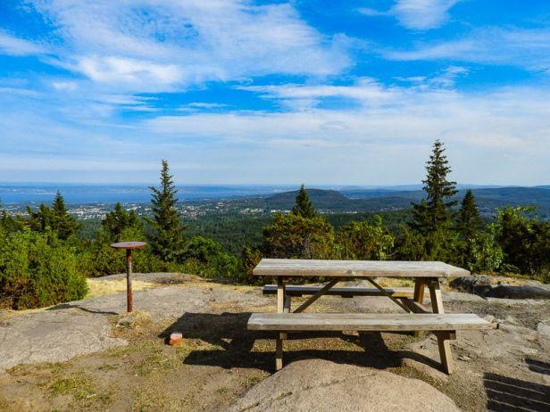 Utsikten fra DNT hytta Hovdehytta i Vestmarka - Oslomarka - Fantastiske marka