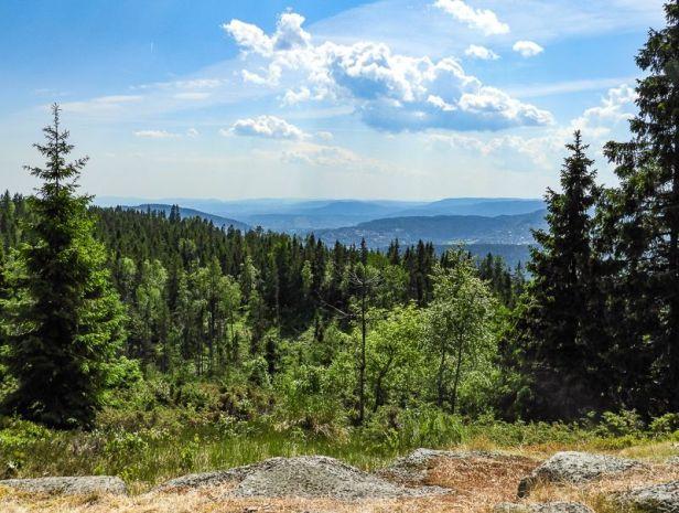 Utsikt fra Tjæregravshøgda mot Lommedalen - Oslomarka - Bærumsmarka - Fantastiske marka