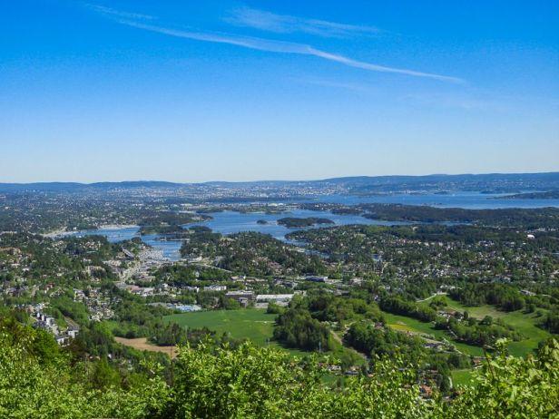 Utsikt mot Oslo og Oslofjorden fra Skaugumsåsen - Oslomarka - Vestmarka - Fantastiske marka