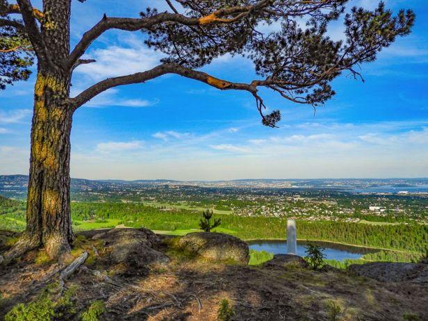 Utsikt over Dælivann fra Gråmagan - Oslomarka - B'rumsmarka - Fantastiske marka