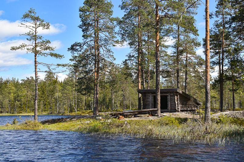 Gapahuken sør i Gjerdrumsgjermenningen - Oslomarka - Romeriksåsene - Fantastiske marka