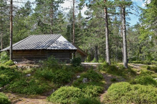 Gapahukene ved Kobberhaughytta i Nordmarka - Oslomarka - Fantastiske marka