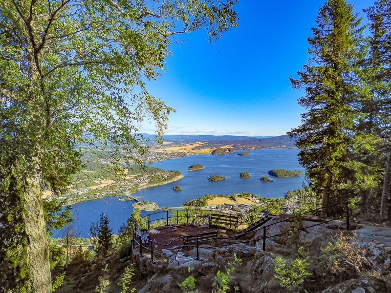 Utsikten over Steinsfjorden og Røyselandet fra Kongens utsikt - Oslomarka - Krokskogen - Fantastiske marka