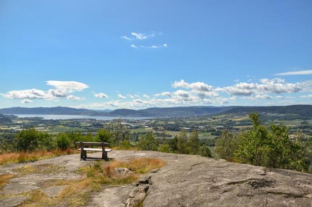 Utsikt fra Fosskollen over Lierdalen og Drammensfjorden - Kjekstadmarka - Oslomarka - Fantastiske marka