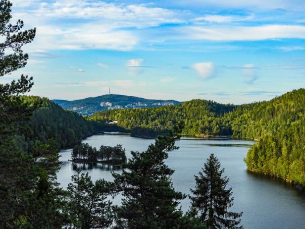 Utsikten over Lutvann mot Røverkollen - Oslomarka - Østmarka - Fantastiske marka