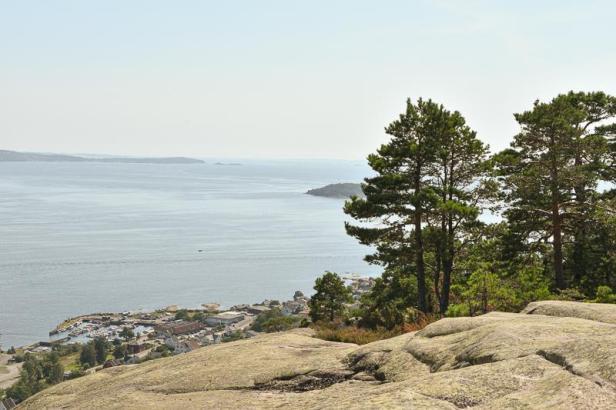 Utsikt over Oslofjorden fra Toftefjell ved Tofte på Hurumlandet - Fantastiske marka